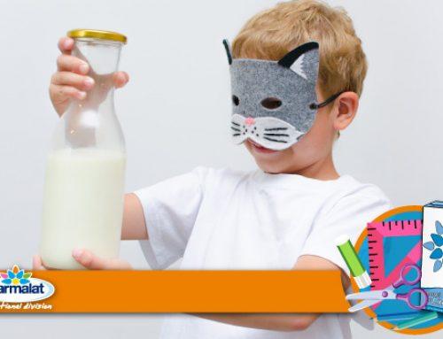 Maschera di Carnevale con il cartone del latte